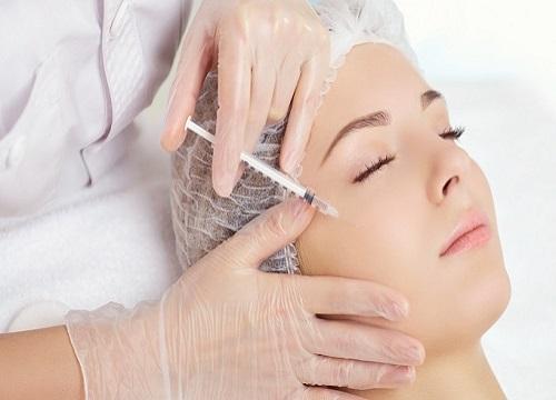 چه افرادی نباید از لیزر برای جوانسازی پوست صورت استفاده کنند؟