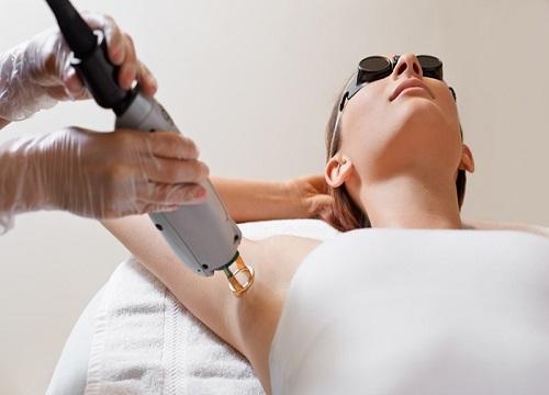 مراقبتهای بعد از انجام لیزر موهای زائد