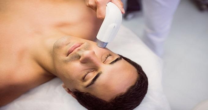 عوارض احتمالی لیزر مو چیست؟